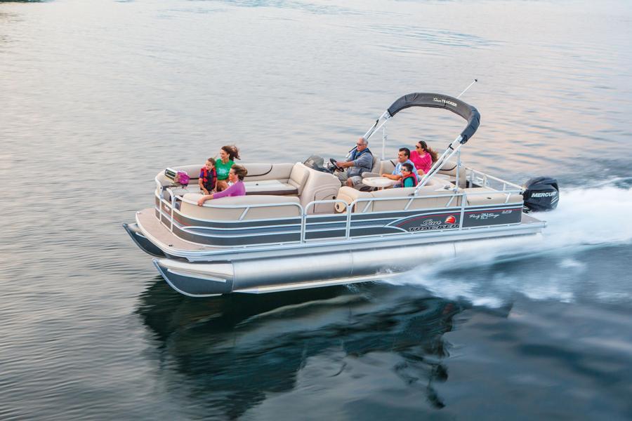 vantage-boat-share-rental-club-24-suntracker-pontoon-boat-18.jpg