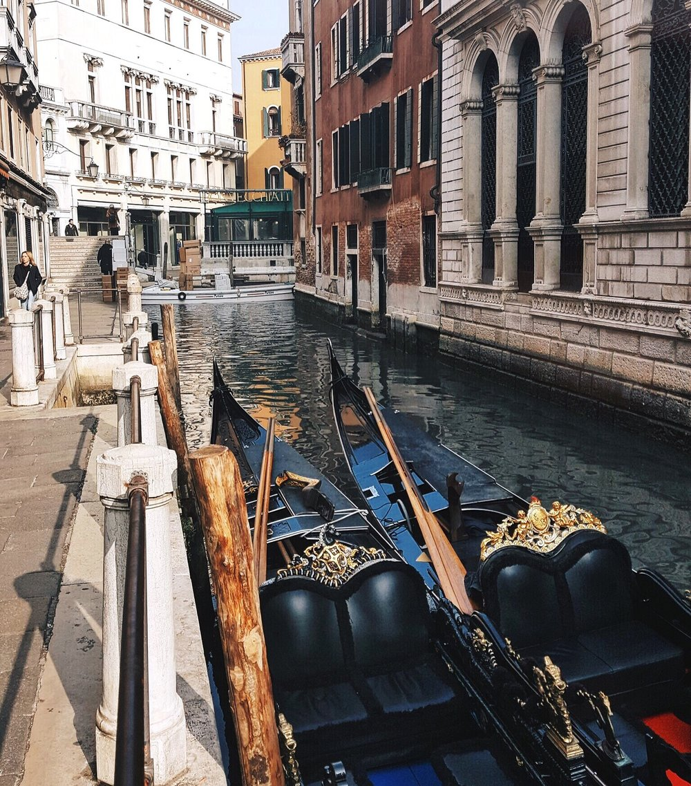 The Hunter Effect - Venedig travel canal