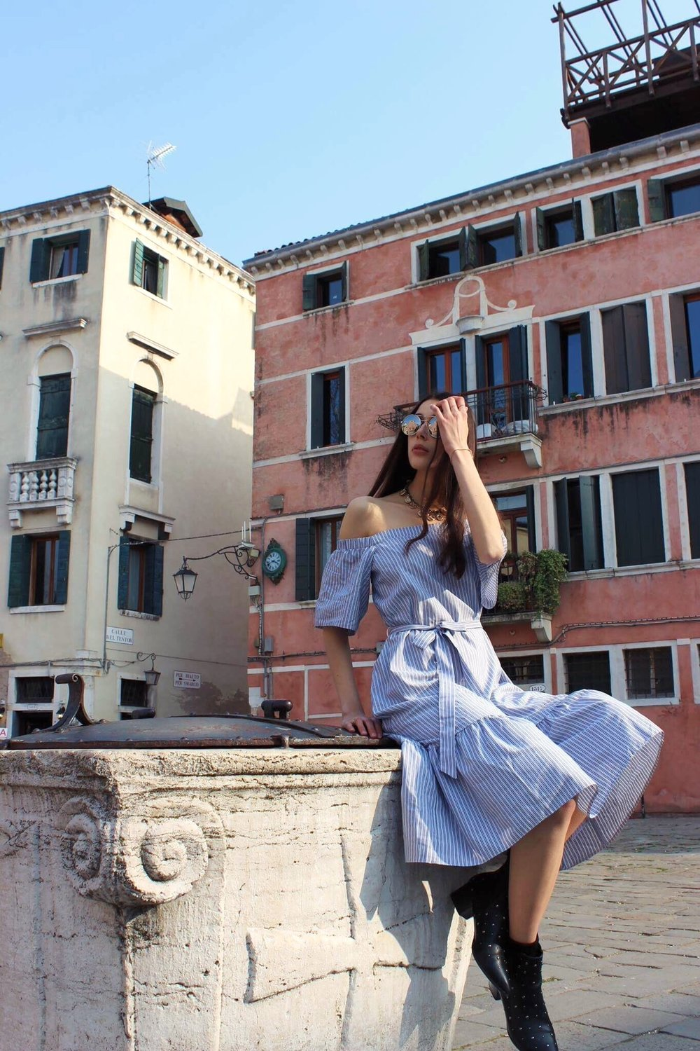 summer vacation dress in venice
