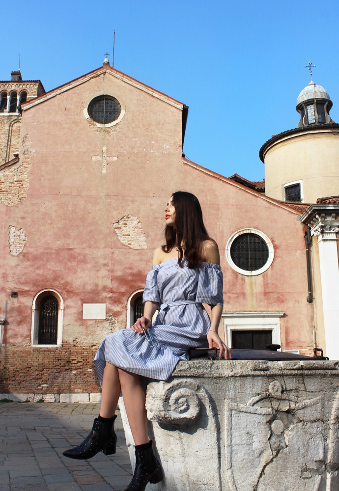streetstyle dress in venice italy