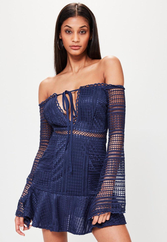 rüschenkleid von missguided in blau