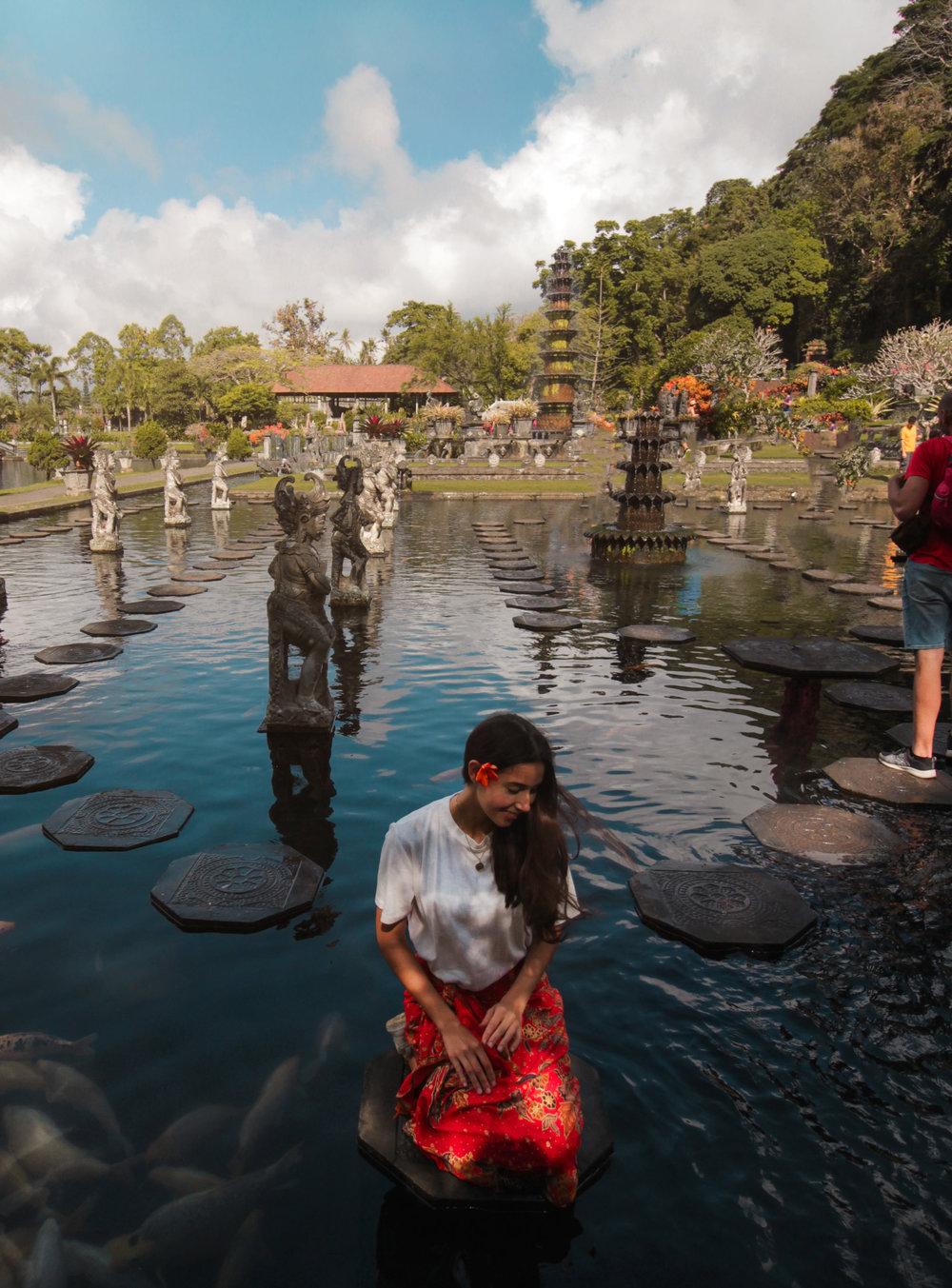 The Hunter Effect Lempuyang Temple Bali S Most Beautiful Sunrise