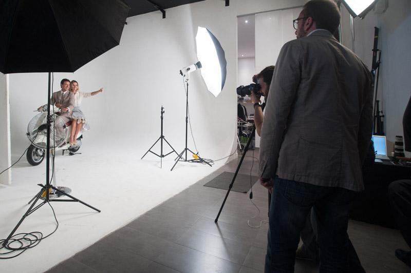 2-studiophotografia-backstage-gallery-Vacanze-Romane-Autieri-Conticini.jpg