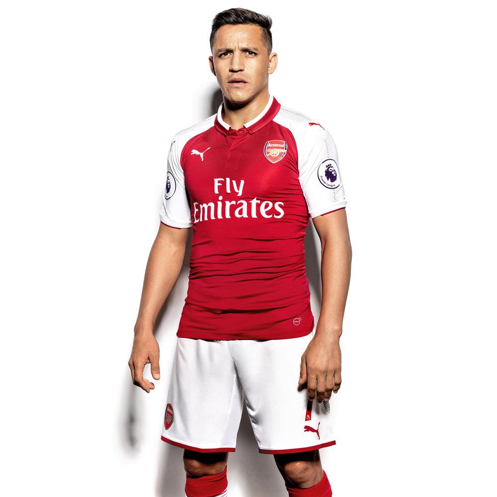 170803_Arsenal_Sanchez_529_rt_b_sq.jpg