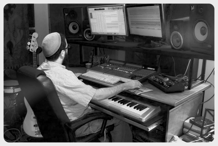 studio04.jpg