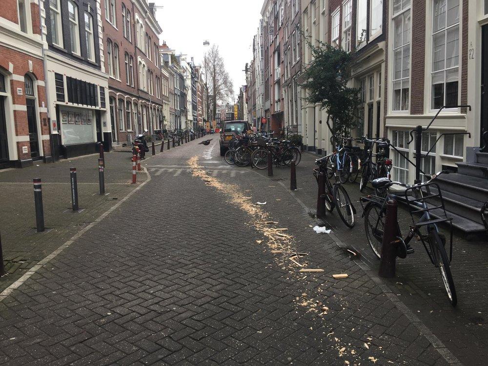 Raadselachtig houtspoor in Amsterdam.