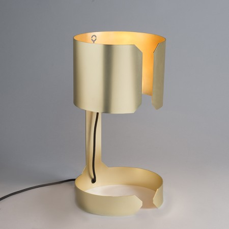 Table-Lamp-Waltz-Gold.jpg
