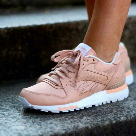 New Balance 620 Runners Leather These New Balance babies are perfect for teaming with any activewear en route to the gym or for a coffee date after yoga.