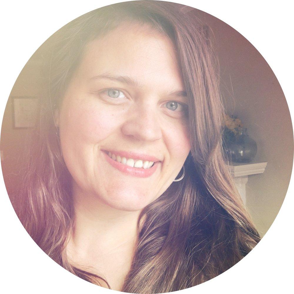 Leah Kent Intuitive Tarot Reader.JPG