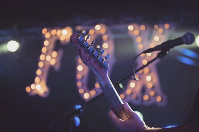 #fenderguitars #fender #guitar #fox #foxisaband #music #luxembourg #live #concert #sm58