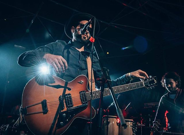 #concert #live #luxembourg #music #funkydonkey #duesenberg #fox #foxisaband #rock #sm58 #discolux #wonderwerk #guitar #duesenbergguitars