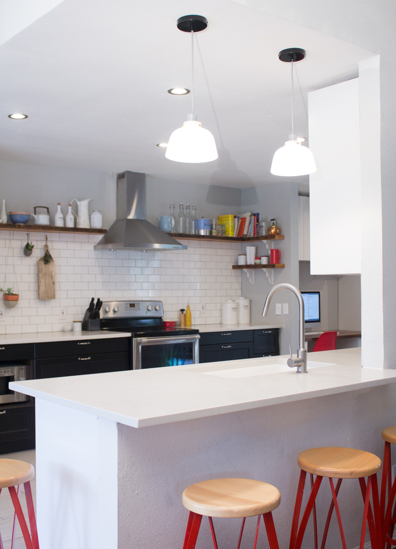 kitchen_angle001-sm.jpg