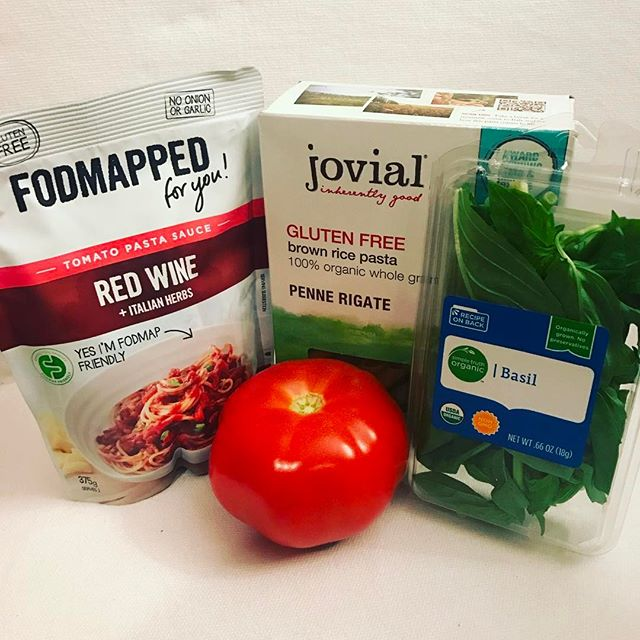 @fodmapped_ red wine pasta sauce, basil, fresh tomato and some gluten free brown rice pasta?! Sounds like a perfect dinner to my low FODMAP belly! * * * #nutrition #ibs #irritablebowelsyndrome #fructosemalabsorption #health #lowfodmap #fodmap #food #dinner #pasta #foodie