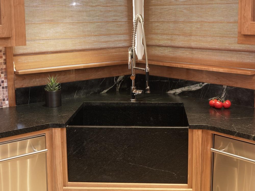 Black Sink (2).JPG