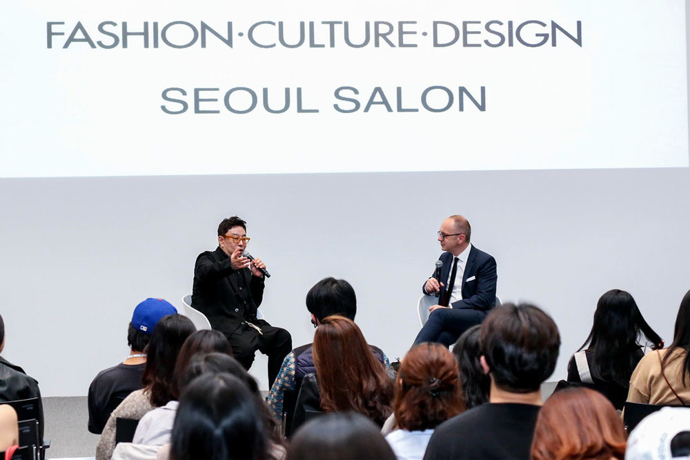 SEOUL FASHION WEEK -