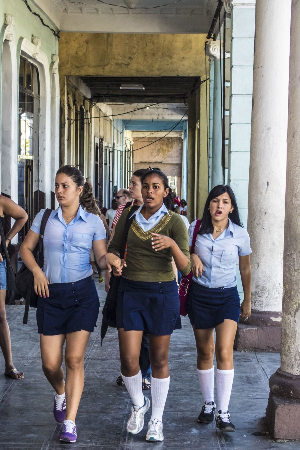 girls-street-cuba-students-michael-benabib-photography.JPG