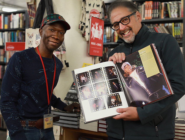 Picking up my copy of Contact High: A Visual History of Hip-Hop by Vikki Tobak 📕 Thrilled to be a contributor and tell the story of my shoot with Mary J. Blige