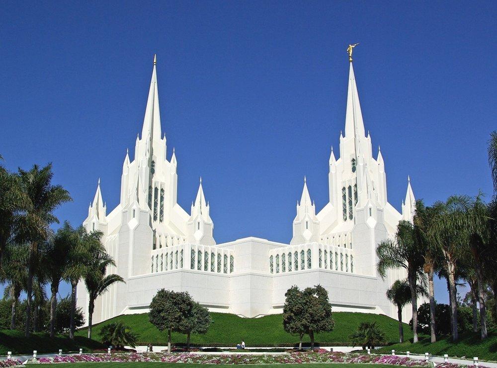 The San Diego CAlifornia Temple.