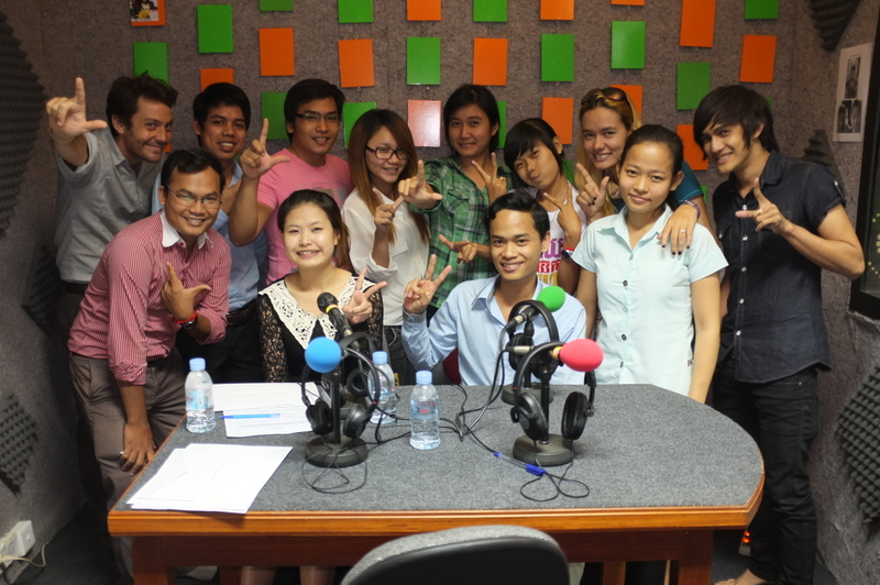 Loy9 Radio team and guests - Feb12