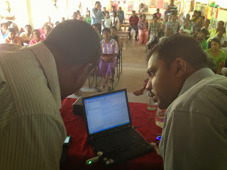 Nuwan and Chandana carrying out a rapid prototyping exercise with a community group in Melsiripura, near Kurunegala