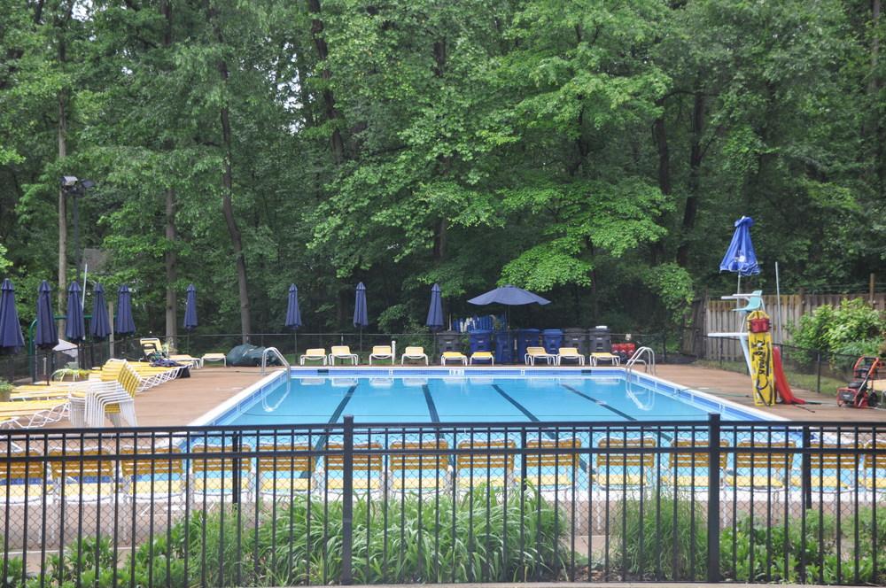 Upper Pool - relax and sunbathe