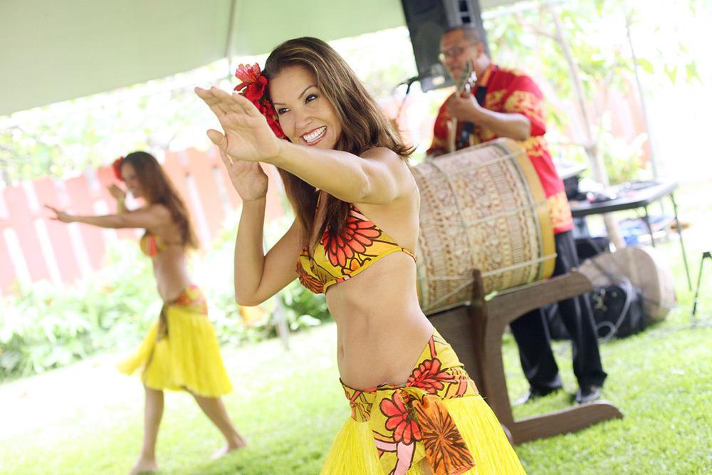 Oahu-Destination-Wedding-27.jpg