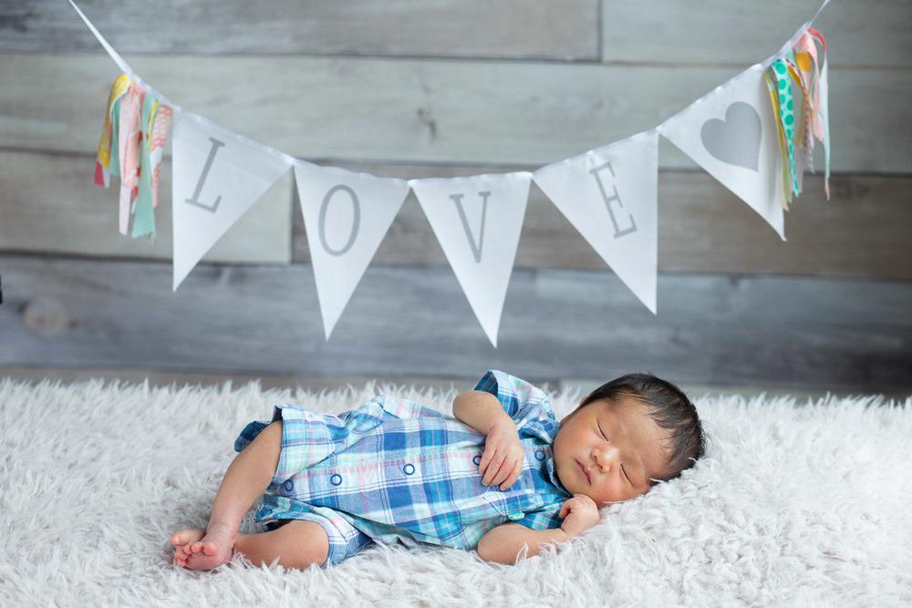 Newborn-Photograhper-03.jpg