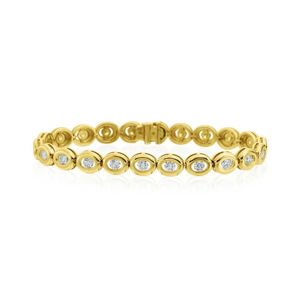 26 Stones, Yellow Gold Bracelet