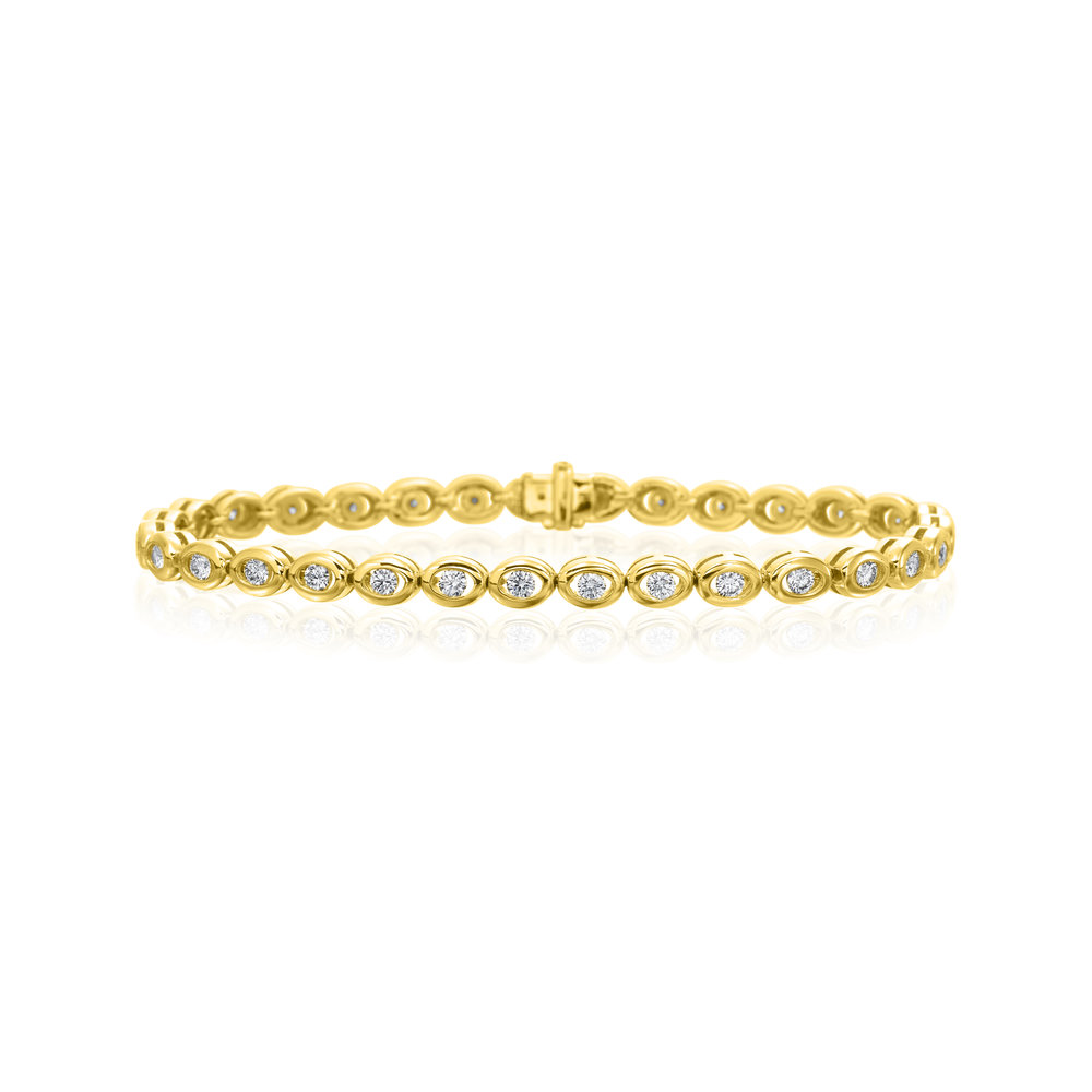30 Stones, Yellow Gold Bracelet