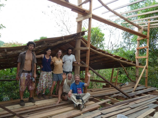 Building a house in La Ecovilla, Costa Rica