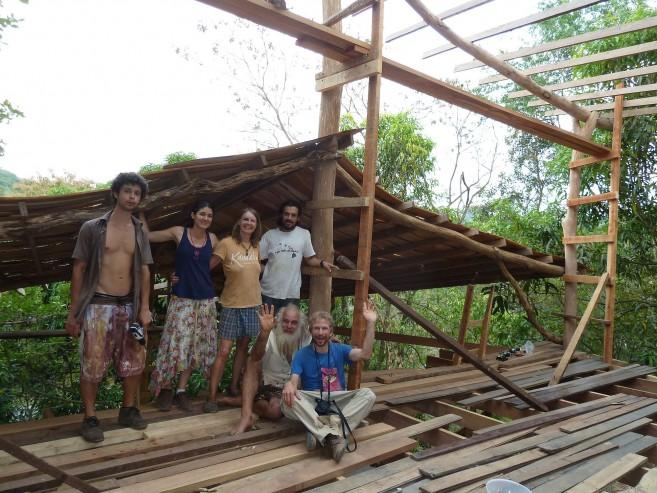 Building a house in La Ecovilla, Costa Rica