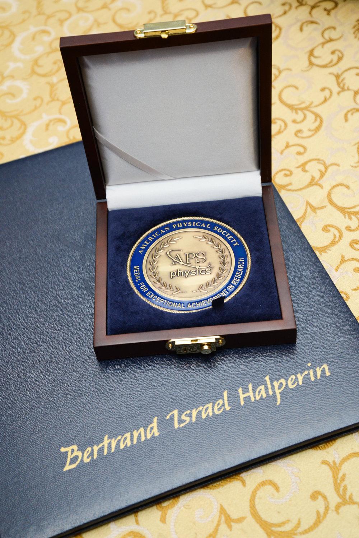 APS Medal 2019-16.jpg