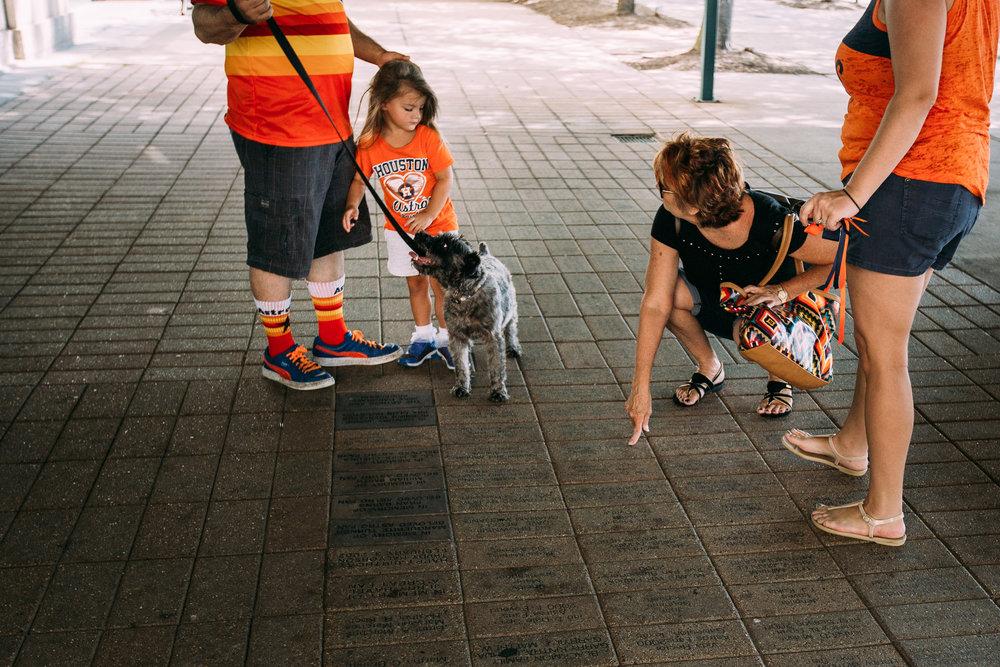 family photographer- houston - glasser family -13.jpg