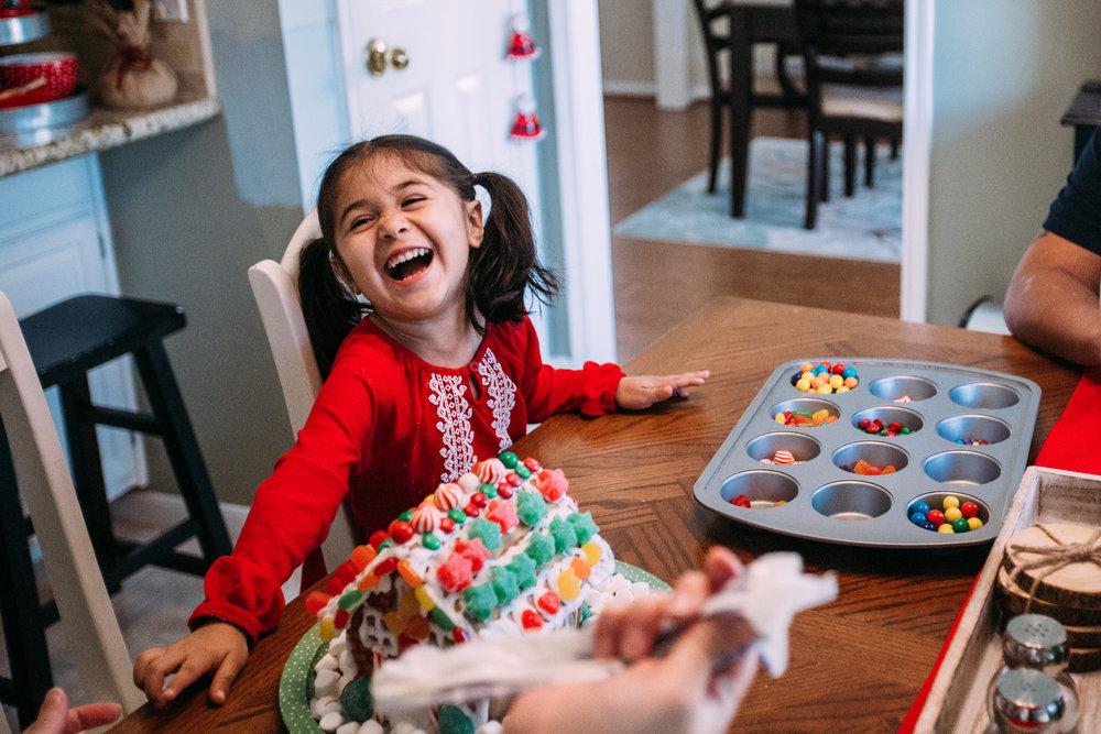 christmas-family-photos-documentary-photographer-banda-family-5752.jpg