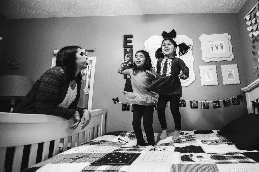 christmas-family-photos-documentary-photographer-banda-family-5988.jpg