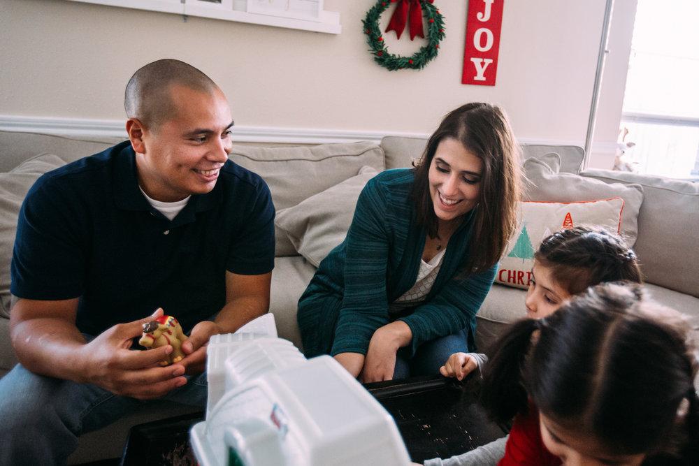 christmas-family-photos-documentary-photographer-banda-family-6310.jpg