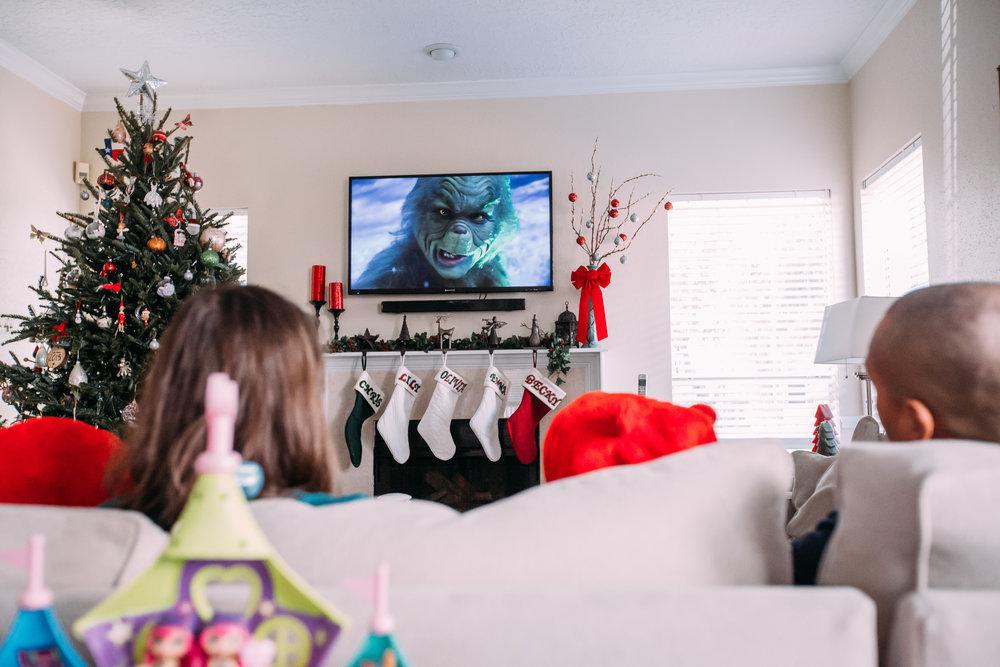 christmas-family-photos-documentary-photographer-banda-family-7173.jpg