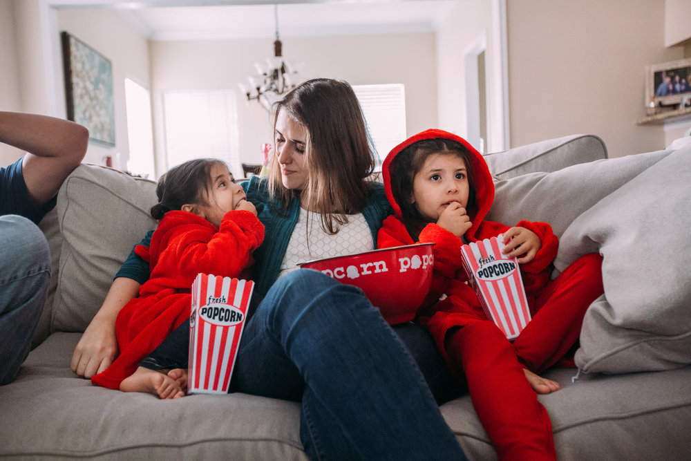 christmas-family-photos-documentary-photographer-banda-family-7203.jpg