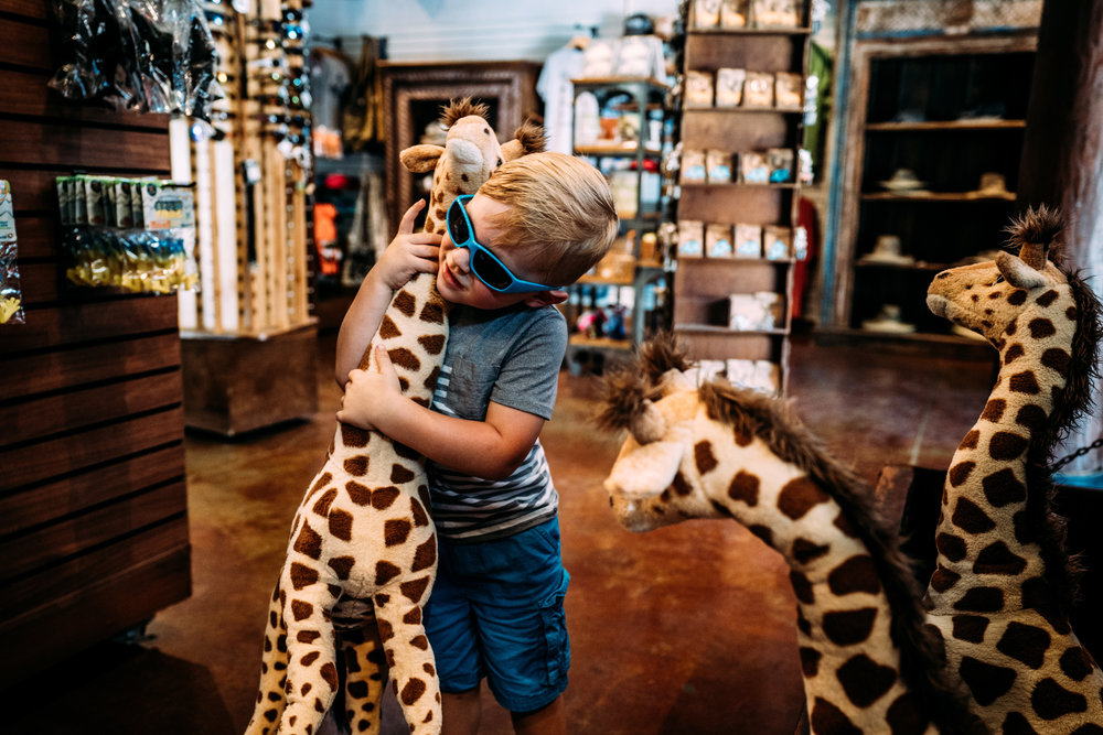 Documentary Family Photographer - Houston Zoo Trip-06105.jpg