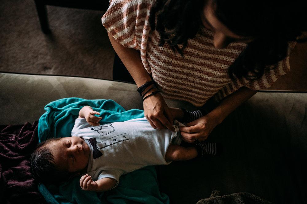 Documentary Family Photographer in Houston - Carter Newborn-00886.jpg