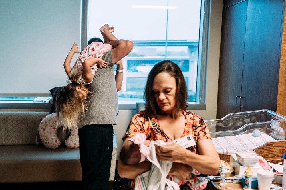 Documentary Family Photographer in Houston - Makenna's Fresh 48-02008.jpg