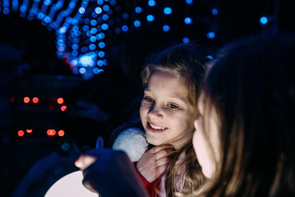 Children enjoying Christmas Lights-12.jpg