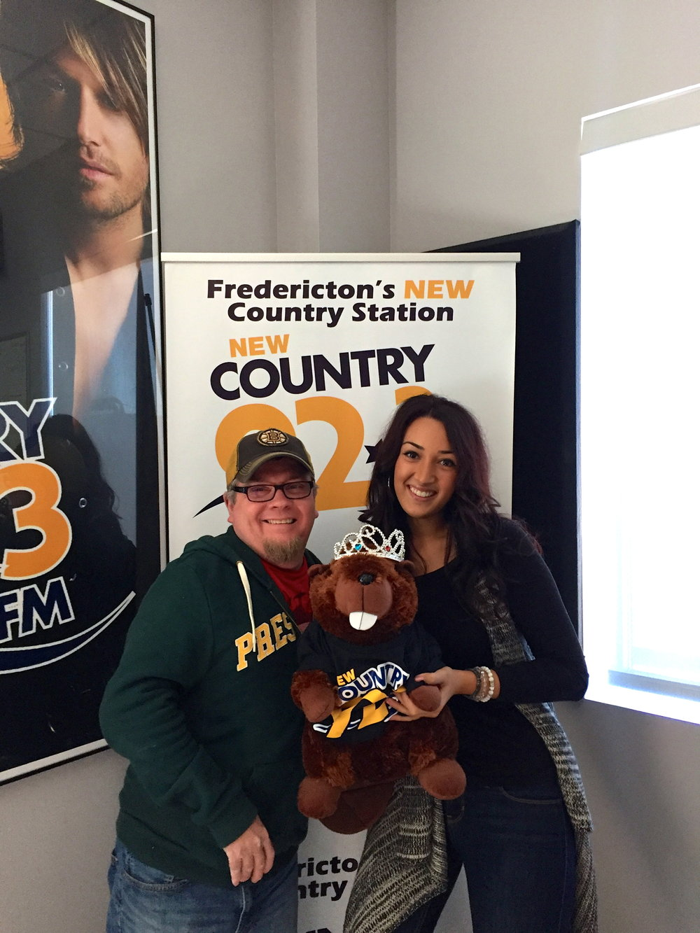 """Talk To Me"" Radio Tour at New Country 92.3 with Richard Jones (Fredericton, NB)"