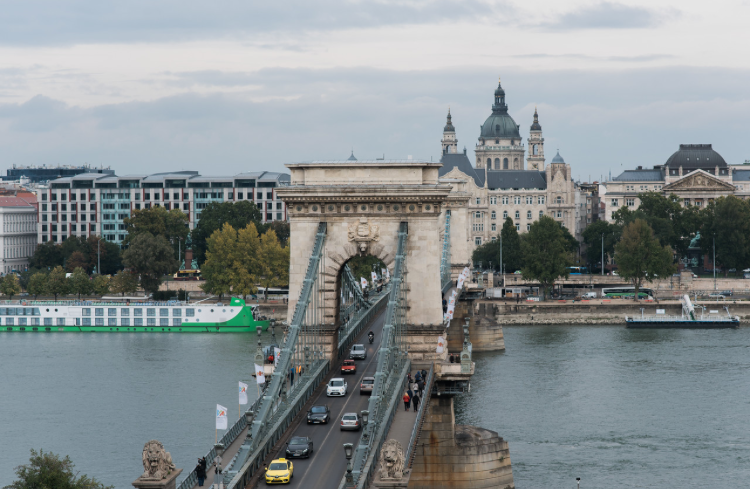 The beautiful Chain Bridge.      Photo credit to Dana in Budapest @flytographer