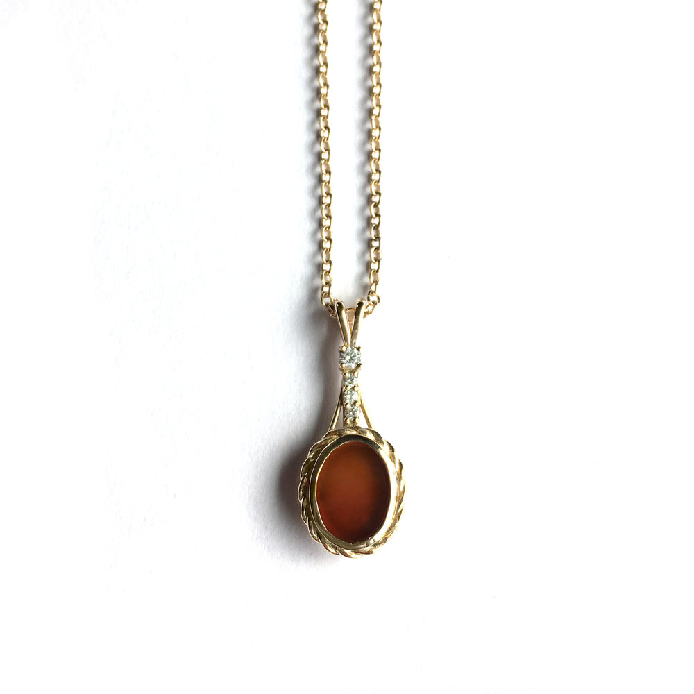 14ky Carnelian necklace with diamonds