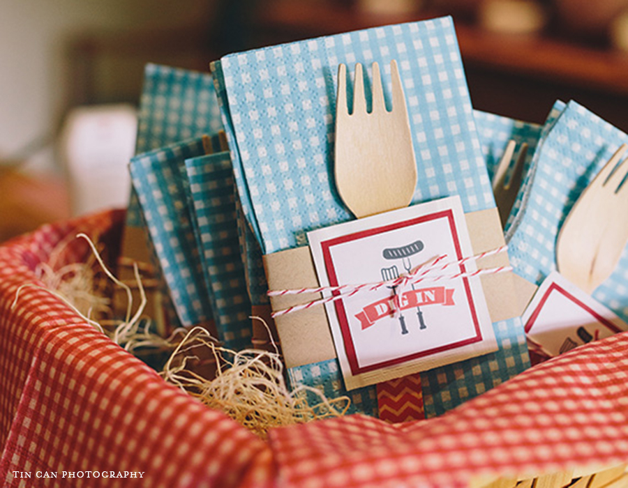 Baby Shower BBQ Custom Wet Wipes | Foglio Press