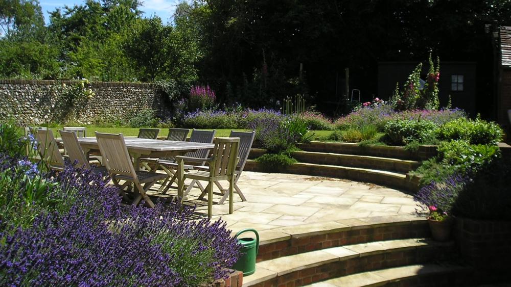 Will ridpath garden design for Rural garden designs