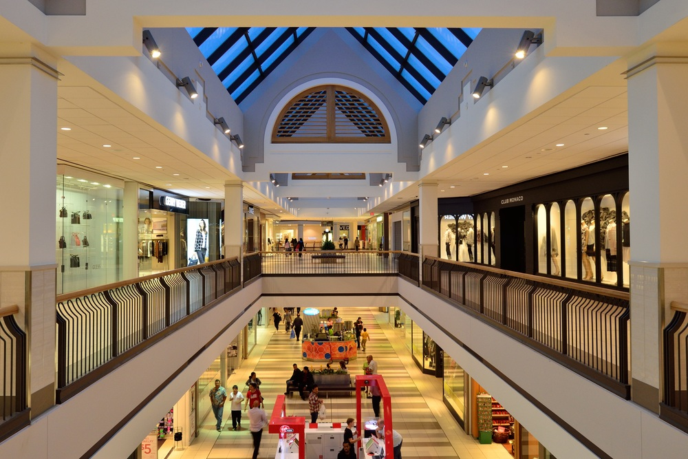 shopping-mall-1129788.jpg