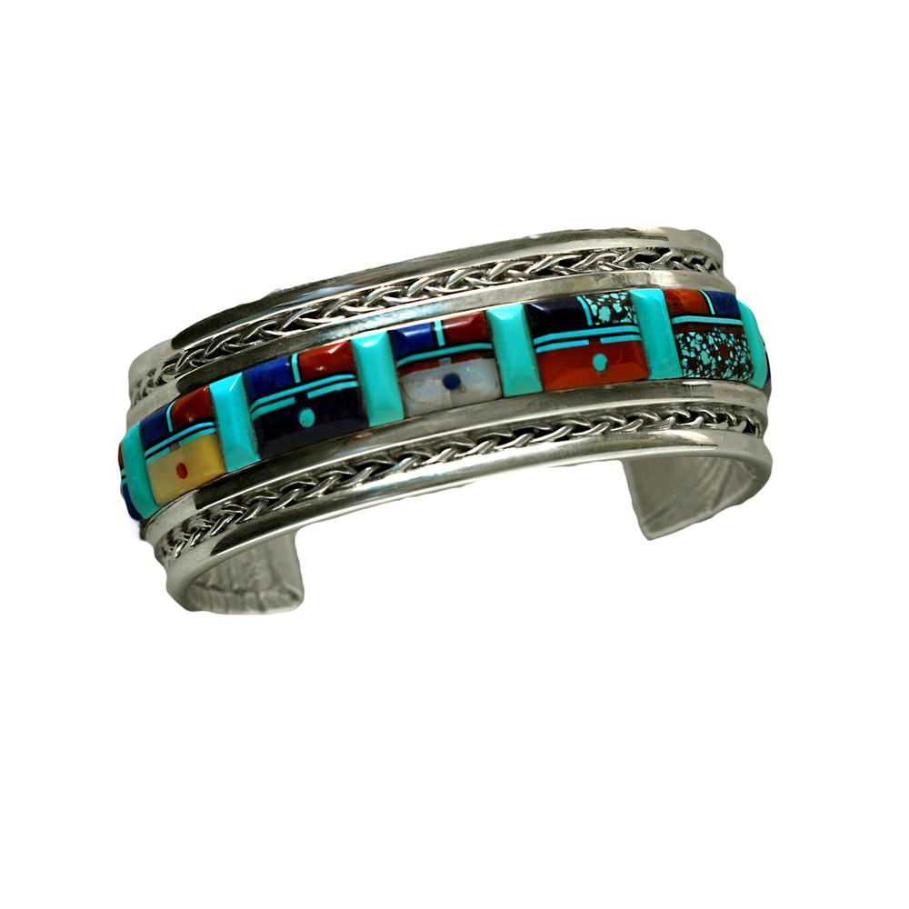 Lloyd Tsalabutie bracelet