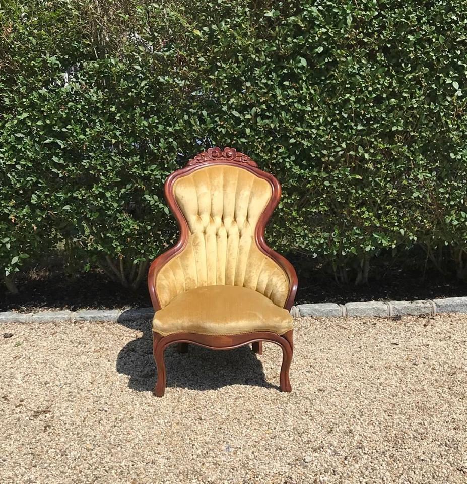 Goldie Chair